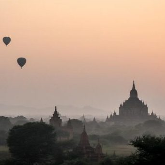 hot-air-balloons-myanmar_925x